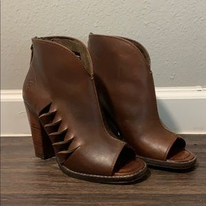 Women's Ariat Lindsley Cedar Open Toe Fashion Boot